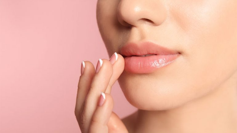 How Does Black Blemishes on the Edge of the Lip Pass? Herbal Solution