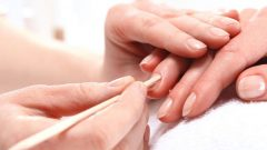 How to make a manicure at home? What are the tricks of the manicure?