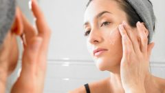 How to take care of the skin before going to bed at night change the pillowcase!