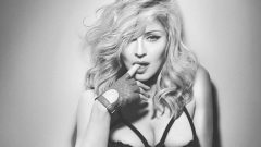 Madonna creates a private collection with Moschino