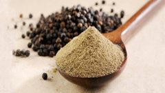 The benefits of black pepper prevent yellowing of teeth!