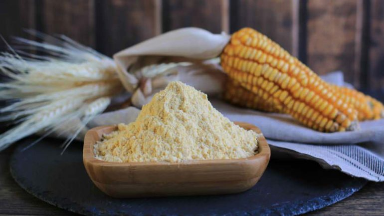 What are the benefits of corn flour to the skin? How to make a corn flour mask?