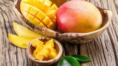 What are the benefits of Mango? What happens if you consume regular mangoes?