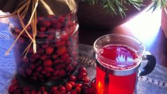 What are the benefits of rosehip? What is rosehip oil for? How is rosehip tea made?