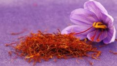What are the benefits of saffron flower? How is saffron tea made?
