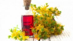 What are the benefits of wort oil to the skin? How is it applied?