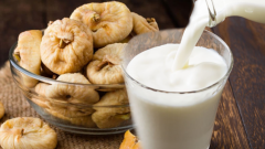 What is UHT milk and what does it do? What are the benefits of milk? If you throw figs in milk and consume it. .