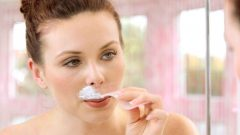 What to do so that women do not get a mustache, try the method of painless sugar!